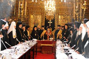 Митр. Иларион (второй слева) в Собрании предстоятелей Православных Церквей. Стамбул, 6-9 марта 2014 г.